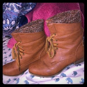 Charlotte Russe Brown Combat Boot Size 7